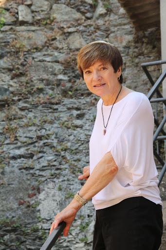 Contact Rabbi Barbara Aiello